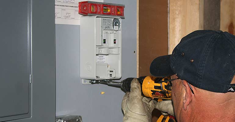 Electrical Breaker or Fuse Repair and Replacement Services
